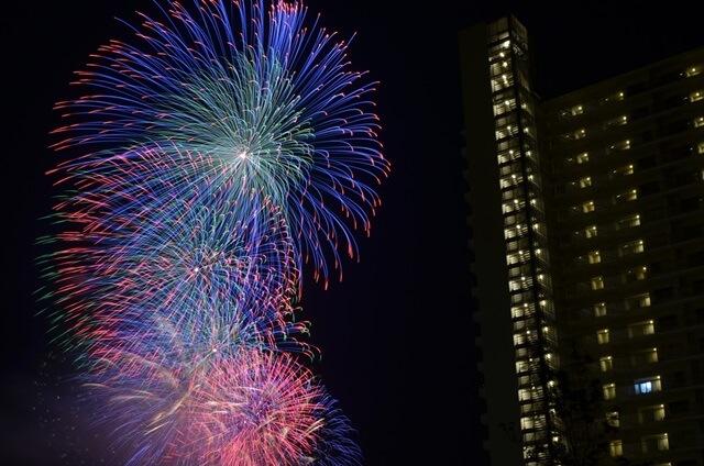 神奈川新聞花火大会2015年の日程・開始時間は?有料席はある?穴場スポットはどこ?