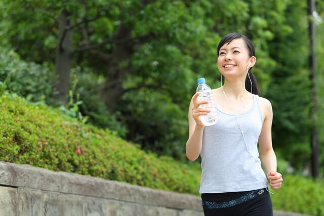 健康のためにウォーキングをしよう!距離や歩き方など効果的な方法は?注意事項は?